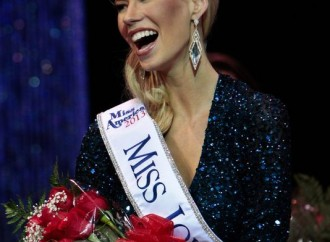 Miss Iowa says disability doesn't define her