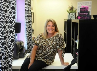 Monroe entrepreneur creates professional workspace for women