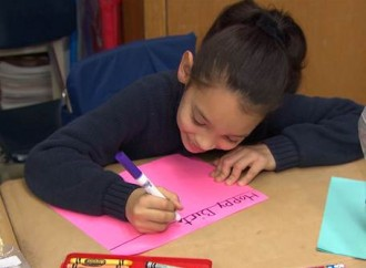 Kids in Sandy-ravaged town discover the joy of paying it forward