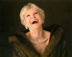 Legendary entertainer Elaine Stritch captured the hearts of audiences to the very end