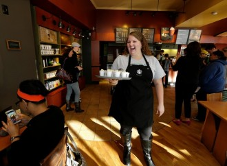 Starbucks to Subsidize Workers' Online Degrees
