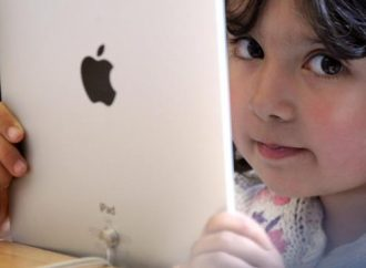 Limit screen time to protect your child's heart, American Heart Association says
